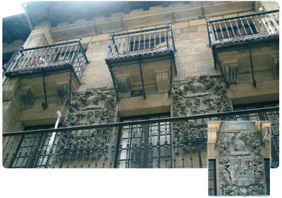 Casa Egino. Kale nagusia, 17